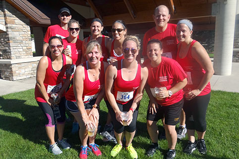 Ten young runners participating as a team for WaunaFest Run (Waunakee, WI)