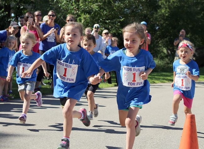 Children participating in the WaunaFest Kiddie Run